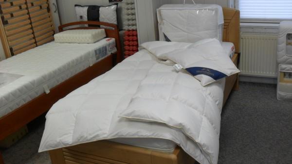 Daunen - WINTER Kassettenbett Größe 200 x 200
